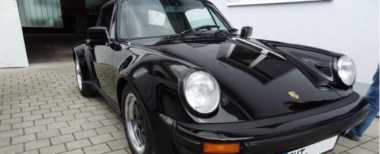 Aufbereitung eines Porsche 911 Baujahr 1985 im Turbo Look